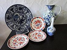 Lot diversen aardewerk en porselein: 3 bordjes Porceleyne Fles, vaasje Royal Copenhagen, wandbord en schenkkan Ram