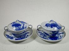 Twee porseleinen dekselkopjes en schoteltjes, China, haarscheurtje in kopjes