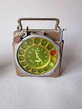 Duivenklok Junior, model M15, bronskleurige kast, 12 constateringen