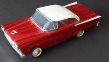 VINTAGE LITHO-TIN FORD PROMO MODEL CAR
