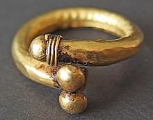 EGYPTIAN /ROMAN GOLD RING Greco Roman Period