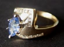 LADIES 14KT GOLD & TANZANITE DIAMOND RING