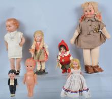 Lot of 7 Vintage Dolls
