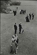 Henri Cartier-Bresson (1908-2004) Intervallo al Festival di Glynderbournem, 1955