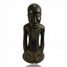 Kusu Kneeling male