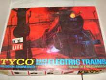 Tyco HO Scale Electric Trains Lot 1971