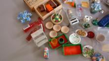 Miniature Doll House Furniture - Kitchen & Food