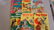 6 10 cent Dell Comics Porky Pig, Woody, Petunia