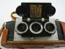 Realist Stereo Camera Dave White Brown Case