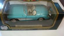Road Tough 1957 Chevrolet Corvette 1:18 1995 Issue