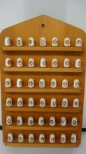 1978 Franklin Mint FIRST LADY Thimbles on shelve