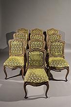 ITALIE Une série de 10 chaises