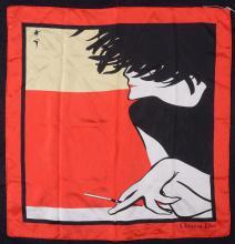 Christian DIOR   Petit carré en soie imprimée figurant une femme fumant.