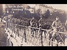 Militaria. 1914-1918. 33 cartes postales: régiments, ru