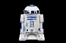 Hielera. R2-D2. En cerámica. Diseño de la 20th. Century Fox, 1977. Referido en base.