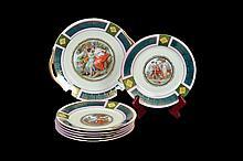 Juego de platón y platos. Origen checoslovaco. En porcelana Celebrate. Con esmalte dorado. Decorados con escenas románticas. Piezas: 7