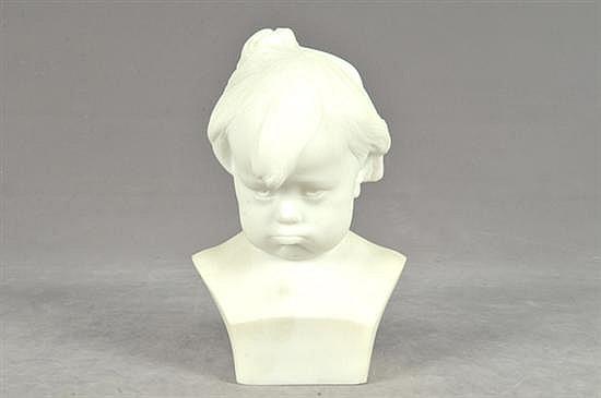 Firmado Gabrielli. Busto de Infante. Origen italiano (Florencia). Elaborado en polvo de alabastro. Dimensiones: 28 cm.