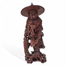 ANCIANO CHINA, PRIMERA MITAD DEL SIGLO XX. Talla en madera. Detalles de conservación. Dimensión: 37 cm de altura.