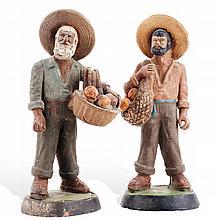 PAR DE CAMPESINOS MÉXICO, PRIMERA MITAD DEL SIGLO XX. Elaborados en cerámica.Dimensión: 16.5 cm de altura cada uno. Piezas: 2.