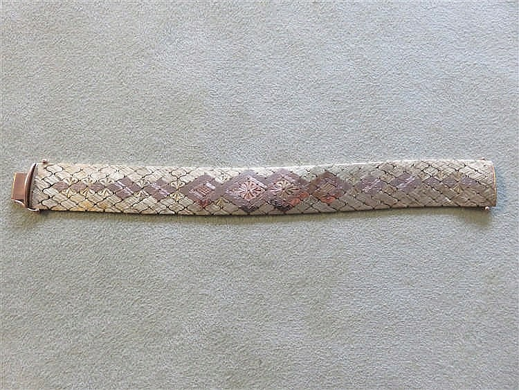 Bracelet en or 14 K. 49 g.