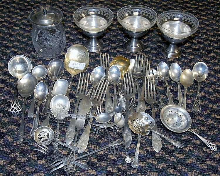 Box lot of sterling silver, forks, spoons, and small dishes and cover, 30.8 t oz.