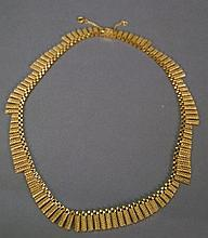 18K gold necklace, marked Tapazio. 56 grams; lg. 19 1/4in.