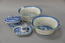 Canton five piece lot (as is) including two reticulated baskets (ht. 4 in.; 9
