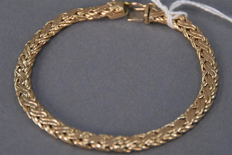 14K gold mesh bracelet, 11.4 grams.