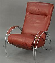 Modern leather lounge chair in very good condition. Seat ht. 18in.; overall ht. 40in.; wd. 29in.; dp. 35in.