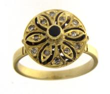 Floral yellow gold ring