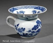 Chinese Export Blue and White Porcelain Spittoon
