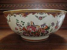 A Chinese Export Famille Rose Porcelain Bowl