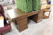 Large Office Desk