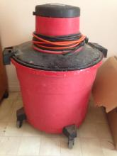 Seats/Craftsman 16 Gallon Wet & Dry Shop-Vac w/accessories