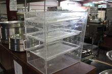 (1) Plastic Bread Display