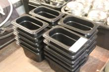 (21) Small Food Containers