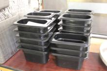 (28) Food Containers