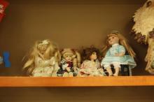 4pc Porcelain Dolls