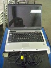 Toshiba Laptop Charger w/ & Case
