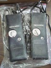 2 Walkie Talkies (OLD)