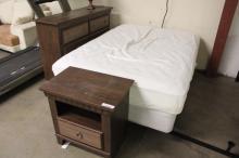 6 pc Bedroom Set, 1 Mattress, 1 Box Spring Bedrail