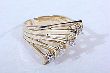 14k Gold & Diamond Ring Size 7 (10)