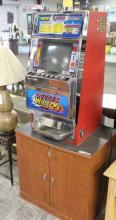 Deuces Wild Poker Slot Machine