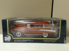 1:18 Road Tough Collection #92088. Chevrolet  Nomad 1957 Orange. New in box. Box in good  condition with minor scuffs and wear on the  corners of box.