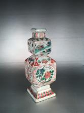 CHINESE PORCELAIN WUCAI SQUARE GOURD SHAPED VASE