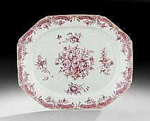 Chinese Export Porcelain Serving Dish