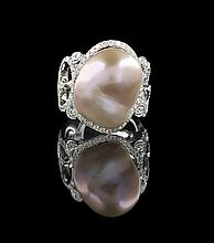 18 Kt. White Gold & Baroque Pearl Ring