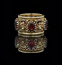 Fourteen-Karat Yellow Gold and Garnet Ring
