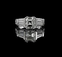 Stunning Platinum and Diamond Ring