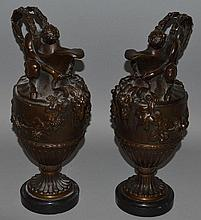19TH CENTURY FRENCH SCHOOL A SUPERB PAIR OF BRONZE